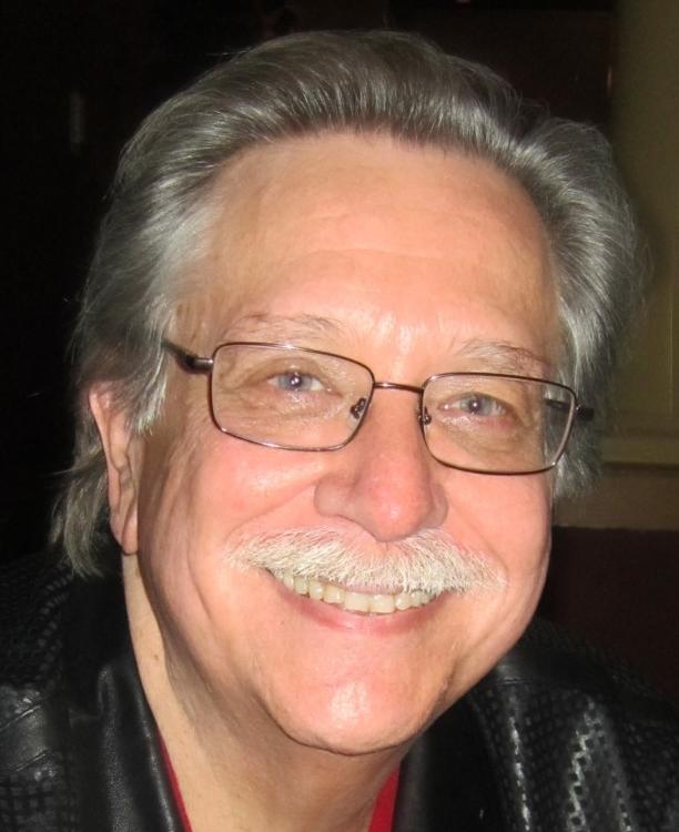 Robert W. Welkos